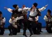На Новой сцене Большого театра станцевали артисты Государственного академического ансамбля имени Игоря Моисеева